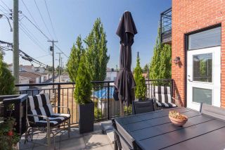 """Photo 15: 203 2008 E 54TH Avenue in Vancouver: Fraserview VE Condo for sale in """"Cedar 54"""" (Vancouver East)  : MLS®# R2339394"""