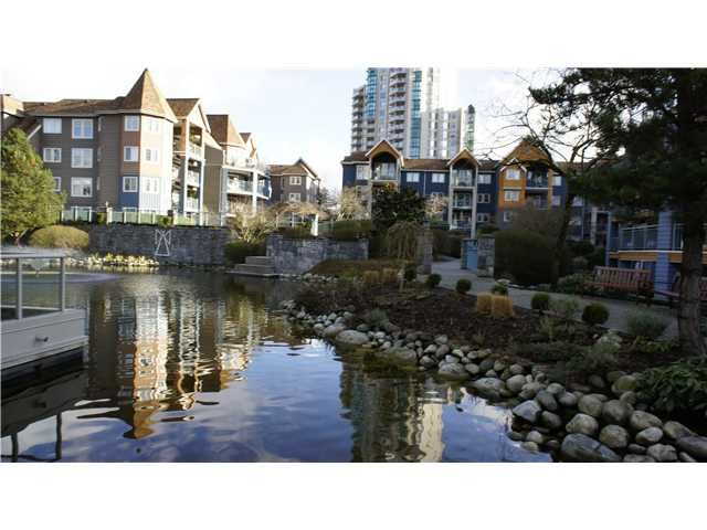 Photo 10: Photos: # 205 3070 GUILDFORD WY in Coquitlam: North Coquitlam Condo for sale : MLS®# V924595