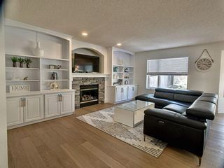 Photo 10: 12 Sienna Heights Way SW in Calgary: Signal Hill Detached for sale : MLS®# A1099178