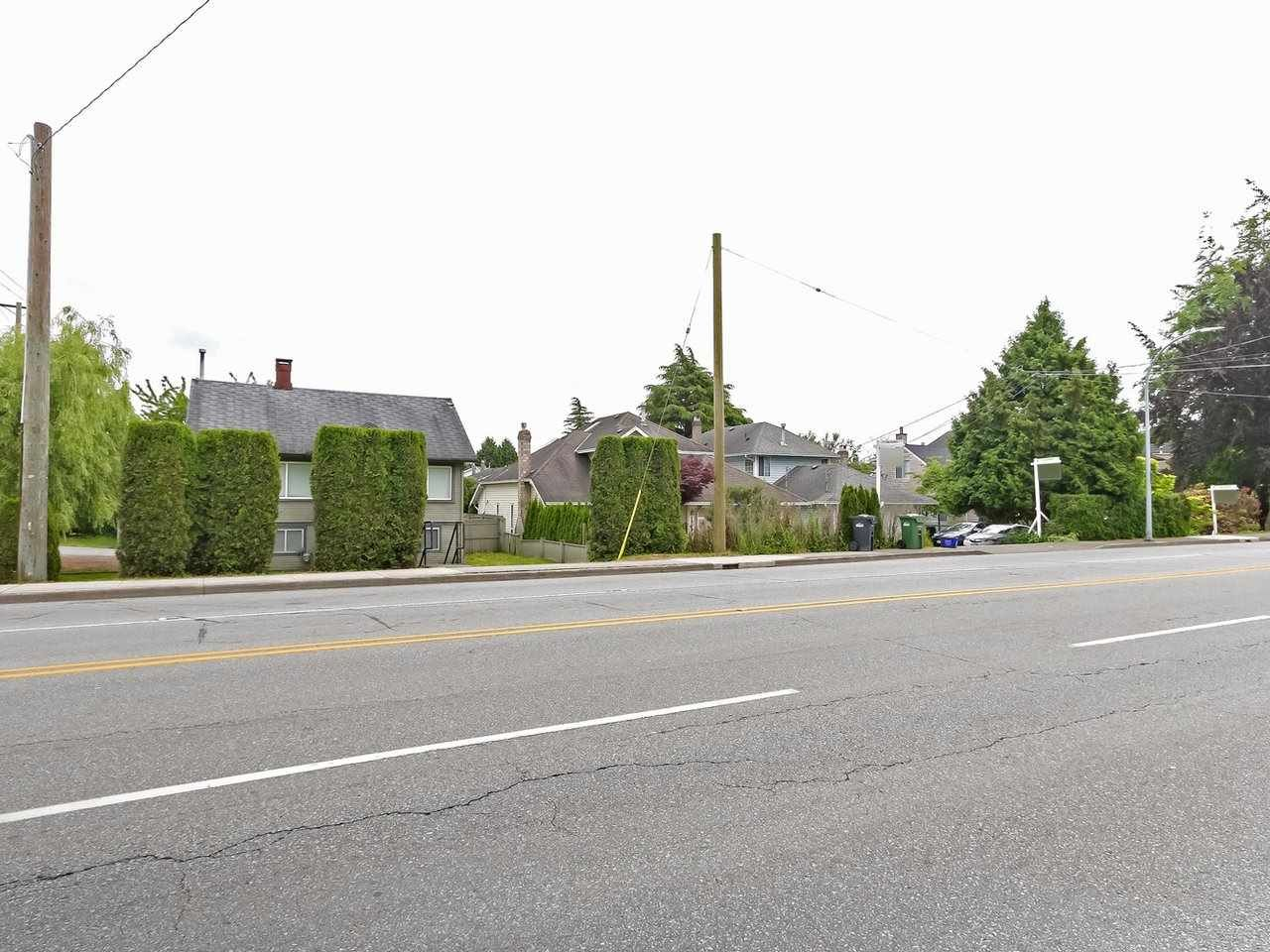 Main Photo: 10020 NO. 2 Road in Richmond: Woodwards House for sale : MLS®# R2599537