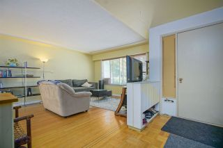 Photo 5: 2536 E 29TH Avenue in Vancouver: Collingwood VE House for sale (Vancouver East)  : MLS®# R2399407