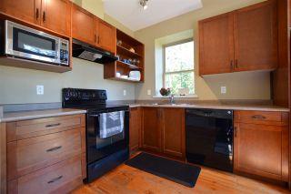 Photo 10: 13547 LEE ROAD in Garden Bay: Pender Harbour Egmont House for sale (Sunshine Coast)  : MLS®# R2264866