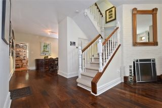 Photo 2: 470 Wellesley St, Toronto, Ontario M4X 1H9 in Toronto: Semi-Detached for sale (Cabbagetown-South St. James Town)  : MLS®# C3541128
