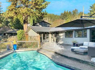 Photo 2: 4170 RIPPLE Road in West Vancouver: Bayridge House for sale : MLS®# R2531312