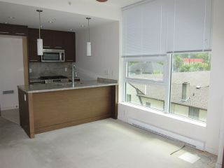"Photo 9: 402 2528 MAPLE Street in Vancouver: Kitsilano Condo for sale in ""Pulse"" (Vancouver West)  : MLS®# R2397843"