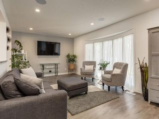 Photo 5: 1414 SPRINGFIELD Place SW in Calgary: Southwood Detached for sale : MLS®# A1060916