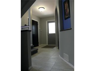 Photo 4: 382 Boyd Avenue in WINNIPEG: North End Residential for sale (North West Winnipeg)  : MLS®# 1311766