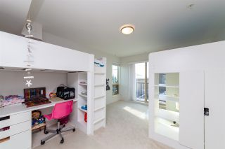 Photo 14: 10 244 E 5TH STREET in North Vancouver: Lower Lonsdale Townhouse for sale : MLS®# R2340945