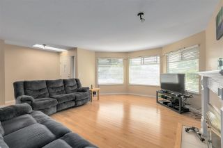 """Photo 8: 13527 14 Avenue in Surrey: Crescent Bch Ocean Pk. House for sale in """"Marine Terrace"""" (South Surrey White Rock)  : MLS®# R2552235"""