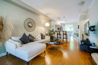 """Photo 8: 49 100 KLAHANIE Drive in Port Moody: Port Moody Centre Townhouse for sale in """"INDIGO"""" : MLS®# R2495389"""