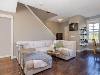 Photo 2: 490 Rainbow Falls Drive: Chestermere Row/Townhouse for sale : MLS®# A1115076