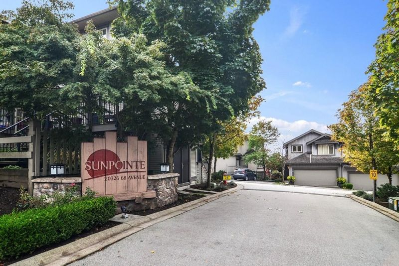 FEATURED LISTING: 31 - 20326 68 Avenue Langley