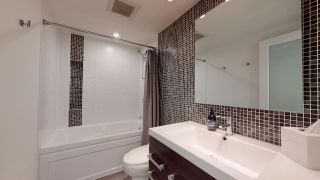 """Photo 26: 104 925 W 15TH Avenue in Vancouver: Fairview VW Condo for sale in """"The Emperor"""" (Vancouver West)  : MLS®# R2500079"""