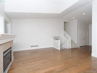 Photo 5: 1210 Lavinia Lane in VICTORIA: SE Cordova Bay House for sale (Saanich East)  : MLS®# 819540