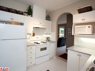 """Photo 5: 42 18707 65TH Avenue in Surrey: Cloverdale BC Townhouse for sale in """"The Legends"""" (Cloverdale)  : MLS®# F1124254"""