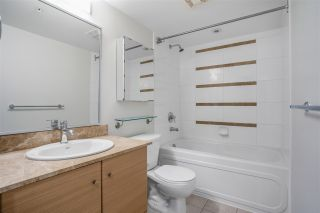 """Photo 7: 1306 909 MAINLAND Street in Vancouver: Yaletown Condo for sale in """"YALETOWN PARK 2"""" (Vancouver West)  : MLS®# R2516846"""