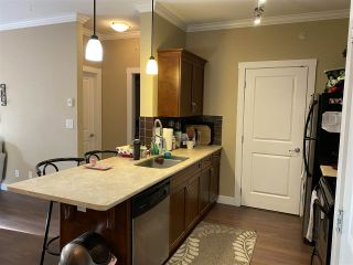"""Photo 8: 412 2038 SANDALWOOD Crescent in Abbotsford: Central Abbotsford Condo for sale in """"The Element"""" : MLS®# R2490142"""