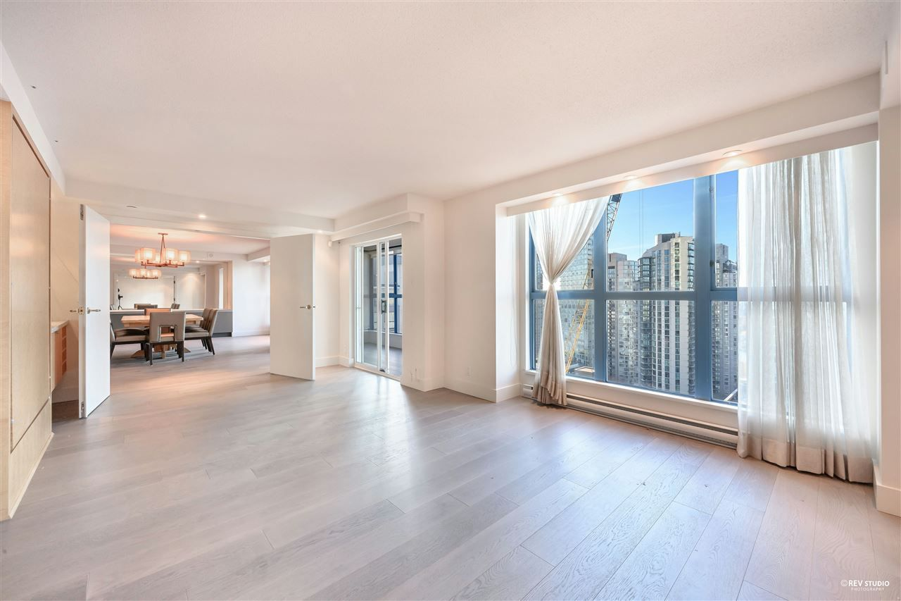 """Photo 17: Photos: 1401 1238 SEYMOUR Street in Vancouver: Downtown VW Condo for sale in """"THE SPACE"""" (Vancouver West)  : MLS®# R2520767"""