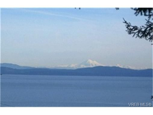 Main Photo: 5063 Wesley Rd in VICTORIA: SE Cordova Bay House for sale (Saanich East)  : MLS®# 417433