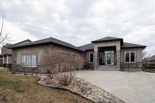 Photo 1: 372 Oak Forest Crescent in Winnipeg: The Oaks Residential for sale (5W)  : MLS®# 202108600
