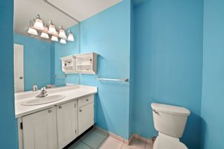 """Photo 17: 204 2195 W 40TH Avenue in Vancouver: Kerrisdale Townhouse for sale in """"THE DIPLOMAT IN KERRISDALE"""" (Vancouver West)  : MLS®# R2618112"""