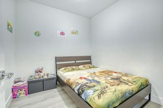 """Photo 17: 205 6468 195A Street in Surrey: Clayton Condo for sale in """"Yale Bloc Building 1"""" (Cloverdale)  : MLS®# R2456985"""
