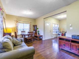 Photo 4: 101 582 Rosehill St in : Na Central Nanaimo Row/Townhouse for sale (Nanaimo)  : MLS®# 887879