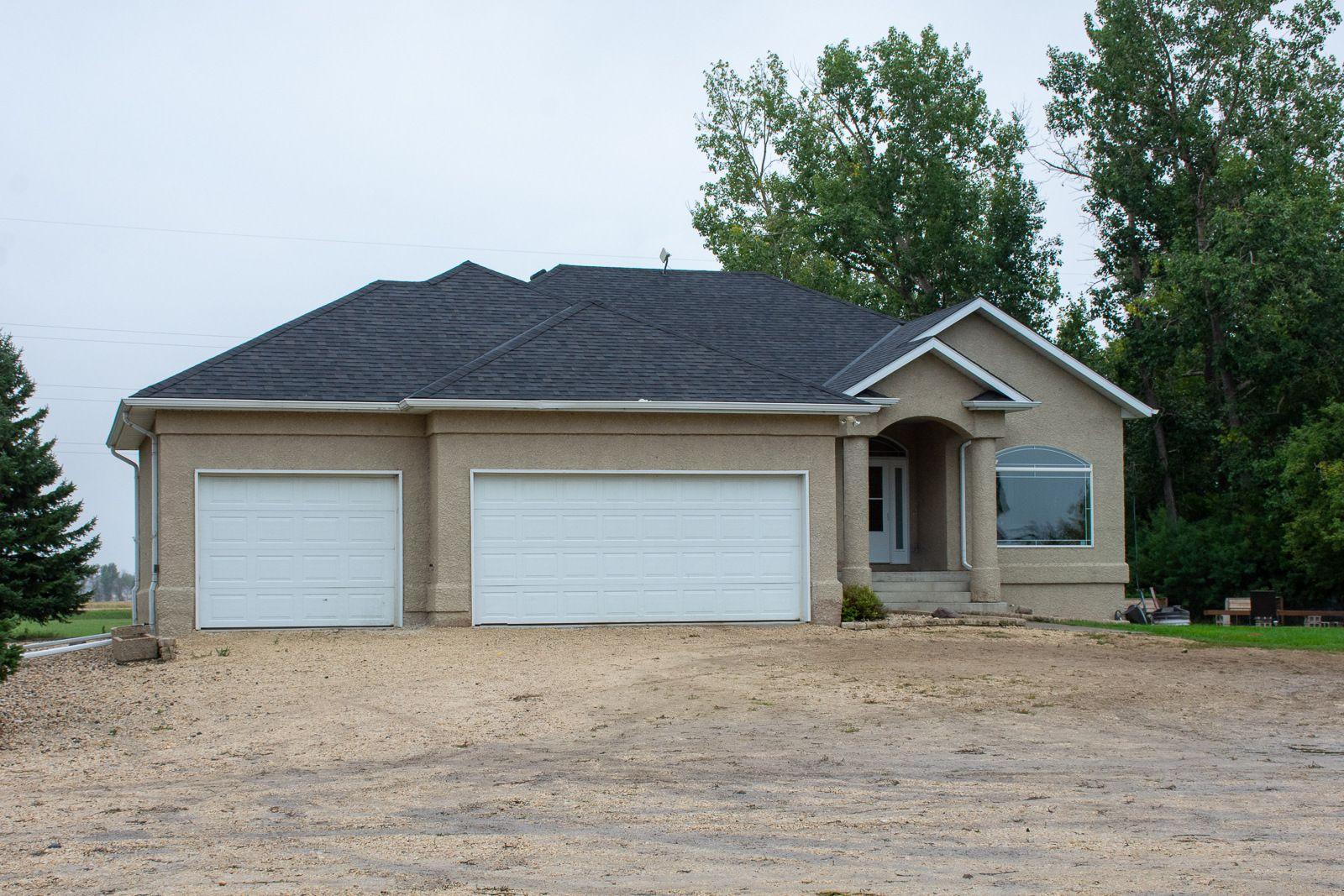 Main Photo: 43073 Rd 65 N in Portage la Prairie RM: House for sale : MLS®# 202120914