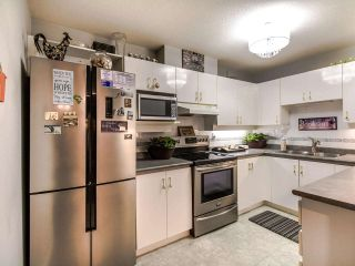 """Photo 7: 402 15140 29A Avenue in Surrey: King George Corridor Condo for sale in """"The Sands"""" (South Surrey White Rock)  : MLS®# R2510345"""