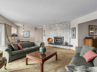 Photo 2: 5495 MORELAND DRIVE in Burnaby: Deer Lake Place House for sale (Burnaby South)  : MLS®# R2247075