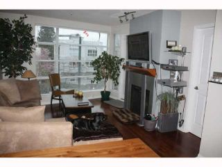 """Photo 4: 301 2525 W 4TH Avenue in Vancouver: Kitsilano Condo for sale in """"SEAGATE"""" (Vancouver West)  : MLS®# V814564"""
