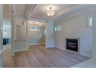 Photo 10: 1217 Hewlett Pl in VICTORIA: OB South Oak Bay House for sale (Oak Bay)  : MLS®# 700508