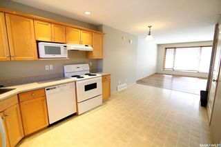 Photo 12: 2720 Victoria Avenue in Regina: Cathedral RG Residential for sale : MLS®# SK856718