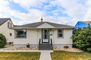 Photo 1: 856 Manhattan Avenue in Winnipeg: East Elmwood Residential for sale (3B)  : MLS®# 202120158