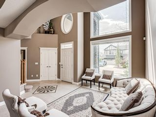 Photo 18: 70 Discovery Ridge Road SW in Calgary: Discovery Ridge Detached for sale : MLS®# A1112667