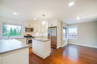 Photo 12: 16380 11 Avenue in Surrey: King George Corridor House for sale (South Surrey White Rock)  : MLS®# R2625299