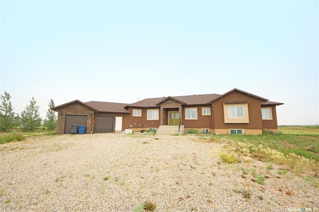 Main Photo: 142 Rock Pointe Crescent in Pilot Butte: Residential for sale : MLS®# SK867796