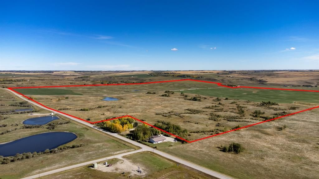 Main Photo: 617.76 Acres on Bearspaw Road in Rural Rocky View County: Rural Rocky View MD Residential Land for sale : MLS®# A1148382