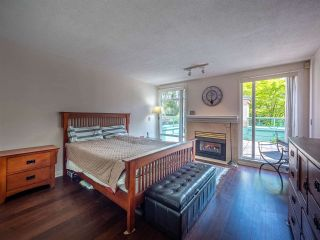 "Photo 14: 348 TAYLOR Way in West Vancouver: Park Royal Townhouse for sale in ""THE WESTROYAL"" : MLS®# R2373517"