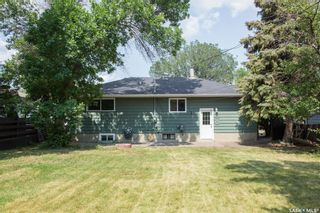 Photo 2: 561 26th Street West in Prince Albert: West Hill PA Residential for sale : MLS®# SK865547