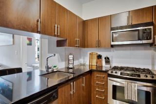 """Photo 13: 209 1068 W BROADWAY in Vancouver: Fairview VW Condo for sale in """"THE ZONE"""" (Vancouver West)  : MLS®# R2019129"""