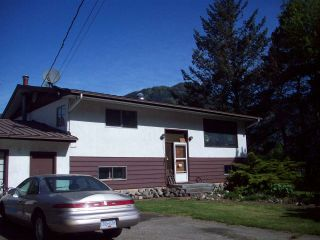Photo 1: 58955 ANDERSON LANE in Hope: Hope Laidlaw House for sale