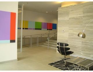 """Photo 2: 511 788 HAMILTON Street in Vancouver: Downtown VW Condo for sale in """"TV TOWER 1"""" (Vancouver West)  : MLS®# V785901"""