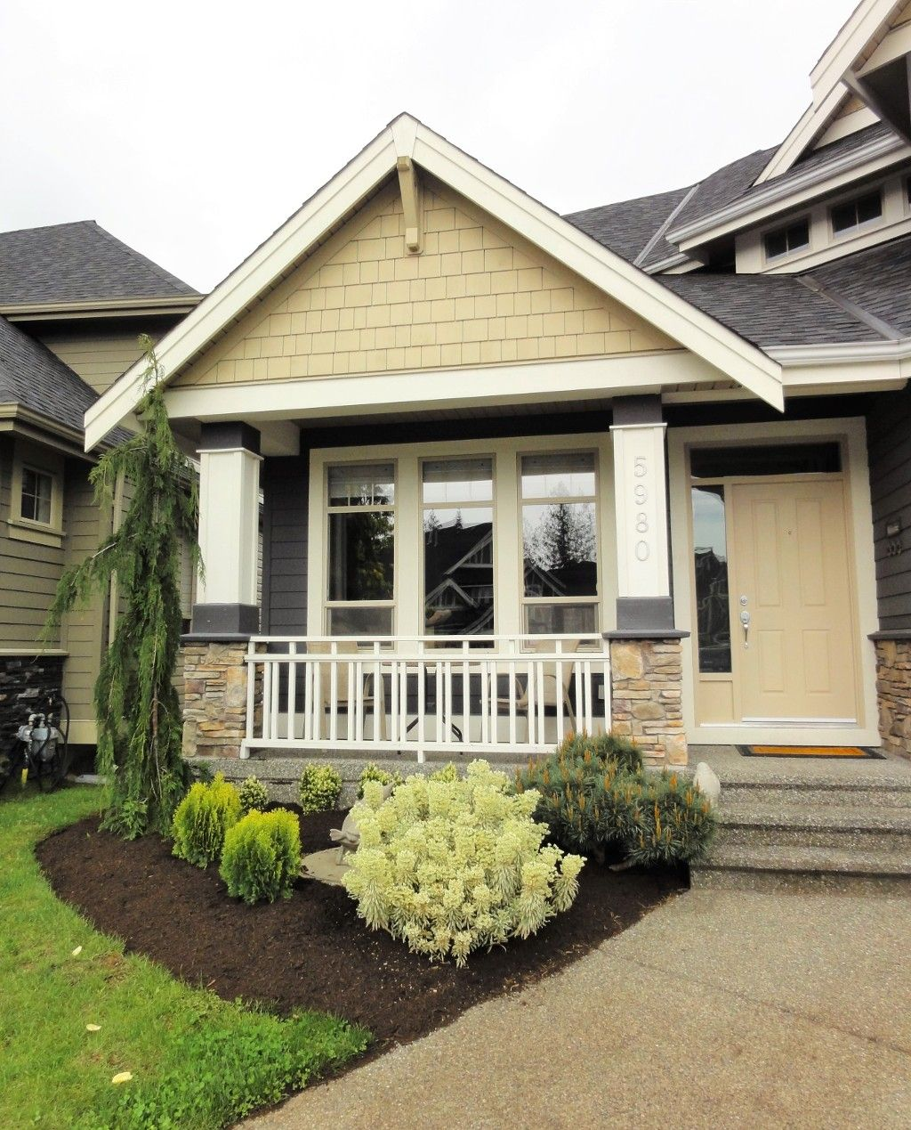 "Photo 2: Photos: 5980 163B Street in Surrey: Cloverdale BC House for sale in ""WESTRIDGE ESTATES"" (Cloverdale)  : MLS®# R2057890"