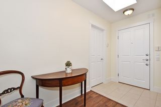 """Photo 19: 306 3088 W 41ST Avenue in Vancouver: Kerrisdale Condo for sale in """"THE LANESBOROUGH"""" (Vancouver West)  : MLS®# R2339683"""