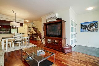 Photo 4: 1039 MARINASIDE CRESCENT in Vancouver: Yaletown Townhouse for sale (Vancouver West)  : MLS®# R2186882