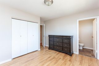 Photo 7: 9816 Fairmount Drive SE in Calgary: Acadia Detached for sale : MLS®# A1094940