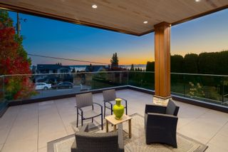 Photo 35: 2277 LAWSON Avenue in West Vancouver: Dundarave House for sale : MLS®# R2618791
