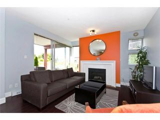 """Photo 2: 101 1880 E KENT Avenue in Vancouver: Fraserview VE Condo for sale in """"PILOT HOUSE AT TUGBOAT LANDING"""" (Vancouver East)  : MLS®# V900739"""
