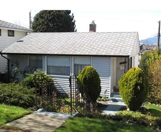 Main Photo: 3477 Mons Drive in Vancouver: Renfrew Heights House  (Vancouver East)  : MLS®# V842631